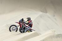 Barreda y Al-Attiyah, primeros líderes claros del Dakar en motos y coches