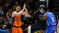 Valencia Basket gana con suspense en La Fonteta