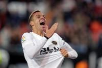 Rodrigo lleva al éxtasis a Mestalla
