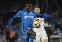 Apelación retira a Djené la segunda amarilla que vio ante el Valencia en los cuartos de la Copa del Rey