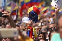 Los chalecos amarillos de Francia y los azules sin chaleco en Venezuela