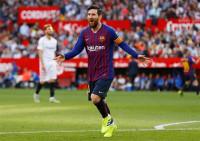 Triplete de Messi para amargar a los señores de Nervión