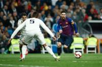 El FC Barcelona estira su racha gloriosa en el Santiago Bernabéu