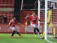 El Nàstic tumba al Albacete de penalti en el último minuto