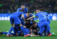 Italia comienza mandando tras imponerse a Finlandia