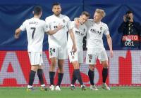 El Valencia pone pie y medio en las semifinales de la Europa League