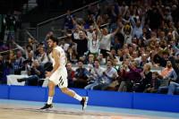 El Real Madrid disfruta del liderato y el Baskonia continúa segundo