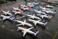 Boeing podría poner fin a la producción de aviones 737 MAX tras accidentes mortales