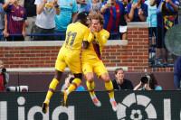 El Barça golea al Nápoles antes de iniciar LaLiga
