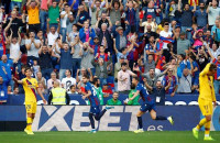 El Barça vuelve a caer en la trampa del Ciutat de València