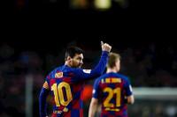 Messi convierte los pitos en aplausos
