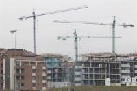 La bajada del precio de la vivienda es negativa para la solvencia de los bancos españoles, según Moody's