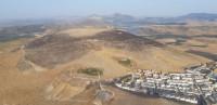 Extinguido el incendio en el paraje Sierra de la Camorra de Teba