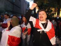 Más de un centenar de detenidos en nuevas movilizaciones contra Lukashenko en Bielorrusia