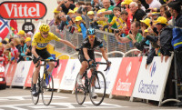 Alpe d'Huez convierte en 'humano' a Froome e impulsa Quintana al podio