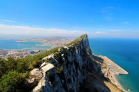 Gibraltar cierra cafeterías y restaurantes durante 21 días