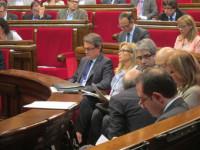 El Parlamento catalán debate la ley de acción exterior