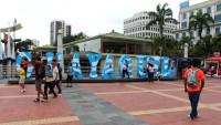 Recorriendo el gran malecón de Guayaquil