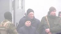 Ucrania y separatistas favorables a Rusia llevan a cabo intercambio de prisioneros