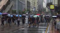 Manifestantes de Hong Kong marchan en desafío a la prohibición del uso de máscaras faciales