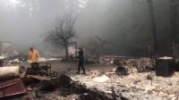 Históricos incendios forestales causan la muerte de 35 personas y queman 2 millones de hectáreas en EE.UU