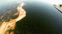 Bolsonaro presenta una ley para permitir la minería y la extracción de petróleo en la Amazonia