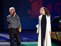 Víctor Manuel y Ana Belén deleitan al público en el Starlite Festival