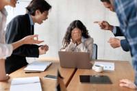 La importancia de implementar protocolos de acoso laboral y planes de igualdad retributiva, por Romalex Consultores