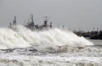 El ciclón Phailin pone en alerta máxima a India