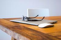 ¿Cómo mantener una correcta salud visual en el hogar?