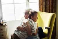 Adultos mayores: consejos para promover su salud y bienestar