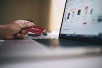 Cómo proteger tus tarjetas si vas a comprar online en las rebajas
