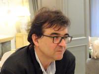 «La narrativa popular no ha de estar reñida con la buena literatura»