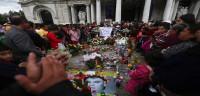 México llora en su último adiós a Juan Gabriel