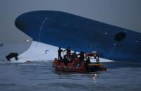 Los equipos de rescate han finalizado sus trabajos en más de la mitad de los compartimentos del 'Sewol'