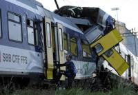 Un choque de trenes en Suiza deja un muerto y 26 heridos