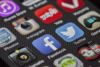 Miles de aplicaciones de Android acceden a nuestra ubicación y grabaciones sin permiso