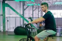 Ejercicios en bicicleta estática: perfectos para comenzar a ejercitarse