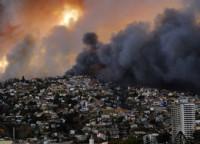Ya son 15 las personas que han perdido la vida en el incendio de Valparaíso