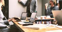 Cinco pilares para crear (y mantener en el tiempo) la felicidad en una empresa