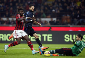 Diego López amarra un punto para el Milan en el  'Derby della Madonnina'