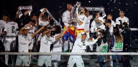 El Madrid celebra la undécima con el Bernabéu