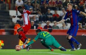 El Espanyol tumba al Barça con gol de Caicedo en una gris Supercopa de Cataluña