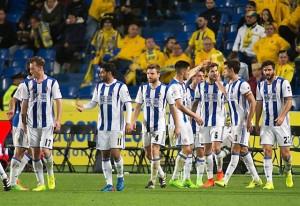 La Real Sociedad supera a Las Palmas y sigue peleando por los puestos de 'Champions'