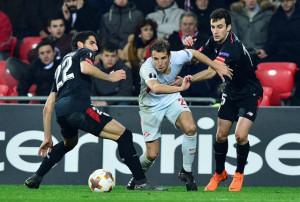 El Athletic sella el pase en una trágica noche