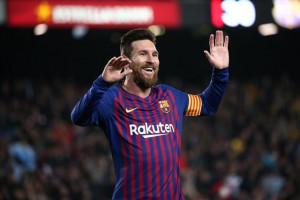 El Barça golea y el Levante se encomienda al 'caso Chumi'
