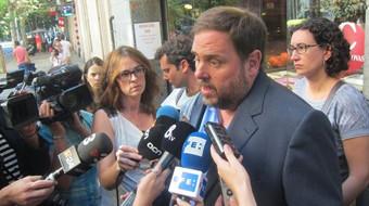 ERC e ICV-EUiA acuerdan pedir elecciones inmediatas a Mas