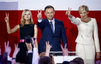 Duda se impone a Komorowski en la segunda vuelta de las presidenciales polacas