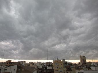 28 provincias están hoy en alerta por altas temperaturas, lluvias y tormentas