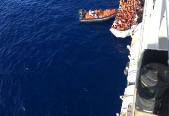 Rescatados 1.400 migrantes en el Mediterráneo durante el jueves